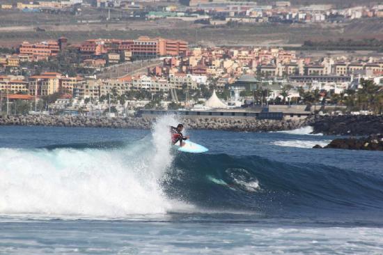 SURF LAS AMERICAS- גלישת גלים לאס אמריקס